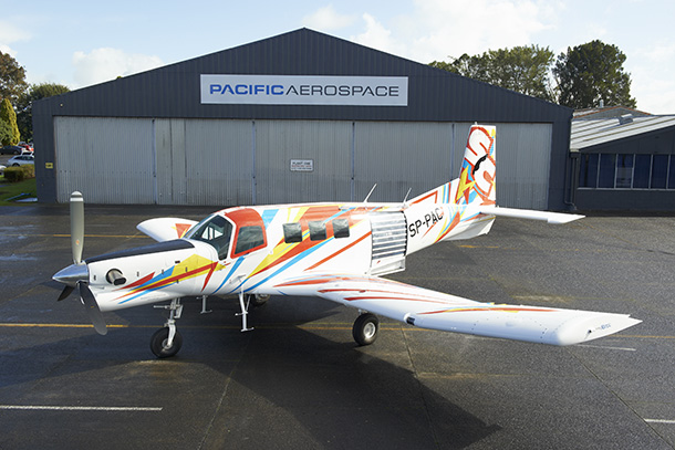 Pacific Aerospace: Polish skydiving club finances P-750 with